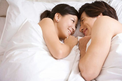 """Những ao ước thầm kín khi """"trên giường"""" của chị em"""
