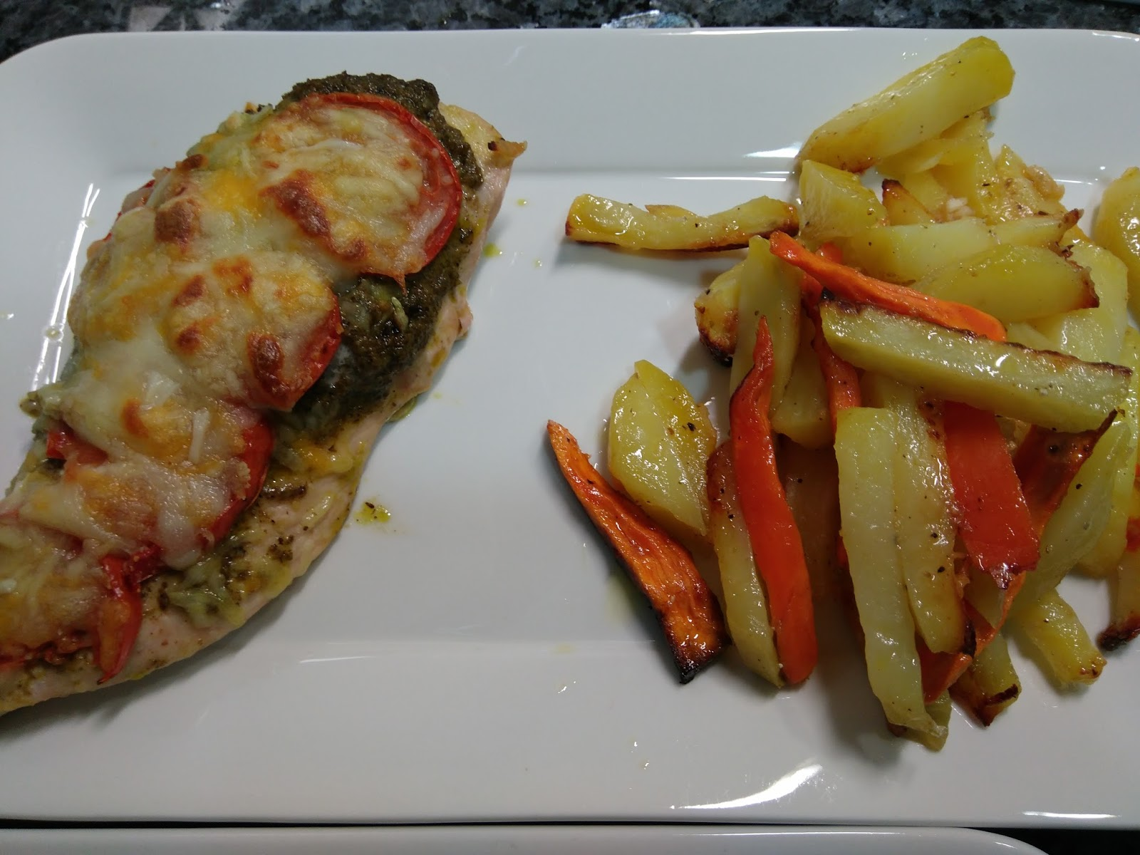 Cocinando con mary y javi pechuga de pollo con pesto al for Pechugas de pollo al horno con patatas