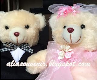 souvenir beruang sepasang