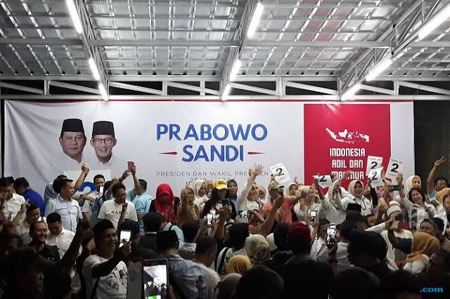 Relawan Prabowo ke Jokowi: Salam Satu Periode!