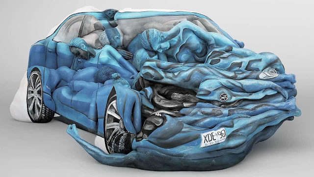 Interesting Car shaped painting art on human body