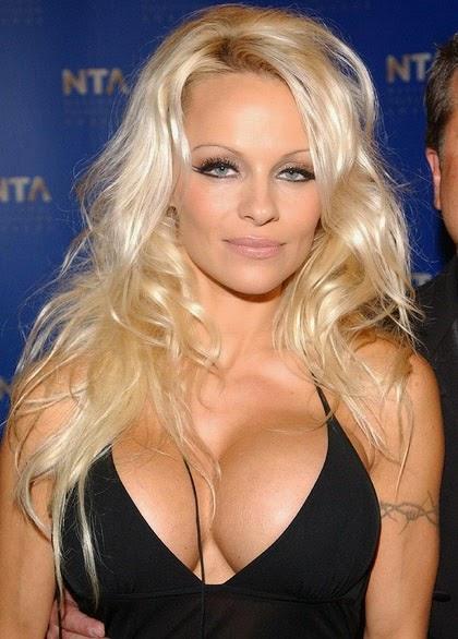 Pamela Anderson medico operacion cirugia plastica implantes de senos venezuela caracas