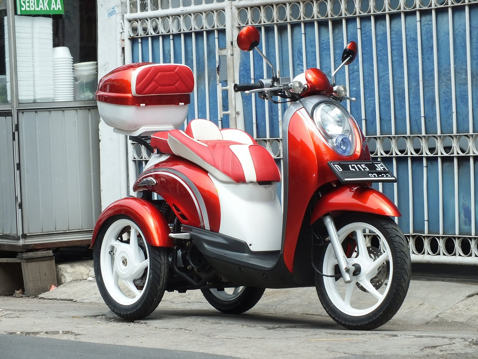 Modifikasi JOK MOTOR