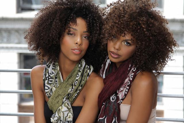 chicas negras pelo rizado