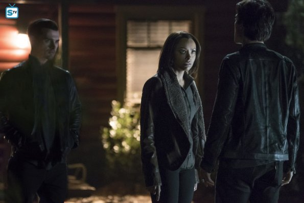 The Vampire Diaries - Kill 'Em All and Requiem for a Dream - Review