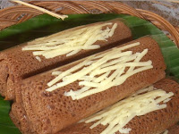 Resep Dadar Gulung Isi Pisang Coklat Keju Bogasari Empuk