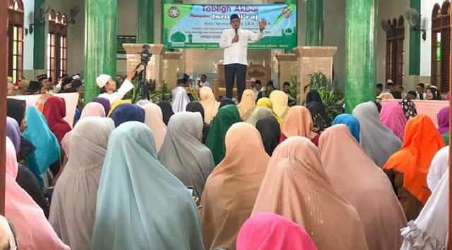 Wakil Walikota Bekasi: Keberadaan Gadget Bisa Melunturkan Keimanan Seseorang