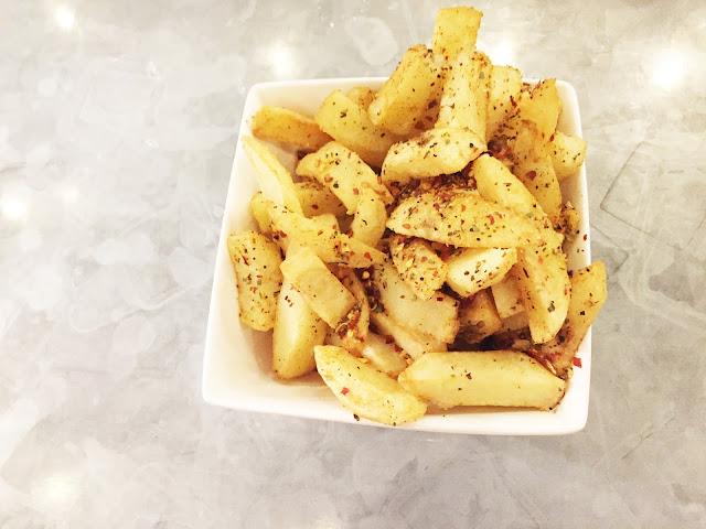 Handmade Burger Co Peri Peri Chips