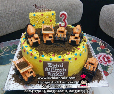 Kue Tart Ulang Tahun Tema Alat Berat