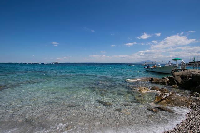 Mare vicino al porto di Marina grande-Capri