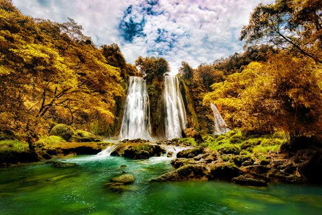 Breathtaking Cikaso Waterfall Sukabumi