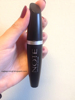 NOTE- Ultra Volume Mascara