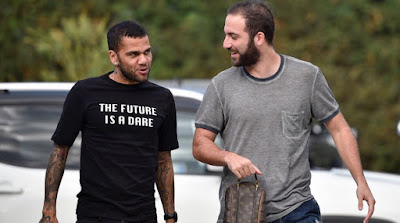 Ucapan Perpisahan Higuain Dan Dani Alves