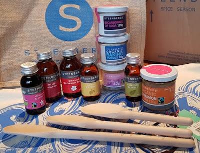 http://www.thebrickcastle.com/2017/11/steenbergs-organic-taste-of-baking-gift.html