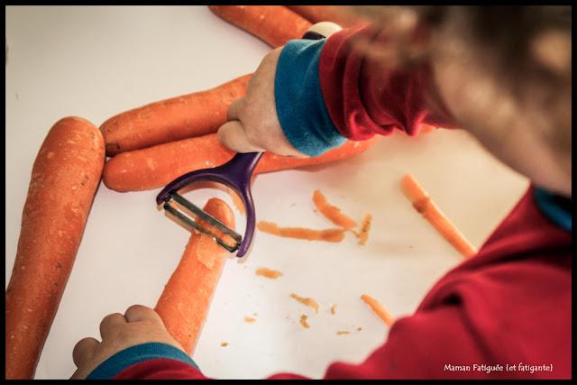 peler des carottes