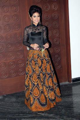 Mojang Bandung Cantik: Annisa Rahma gaun cantik dari batik