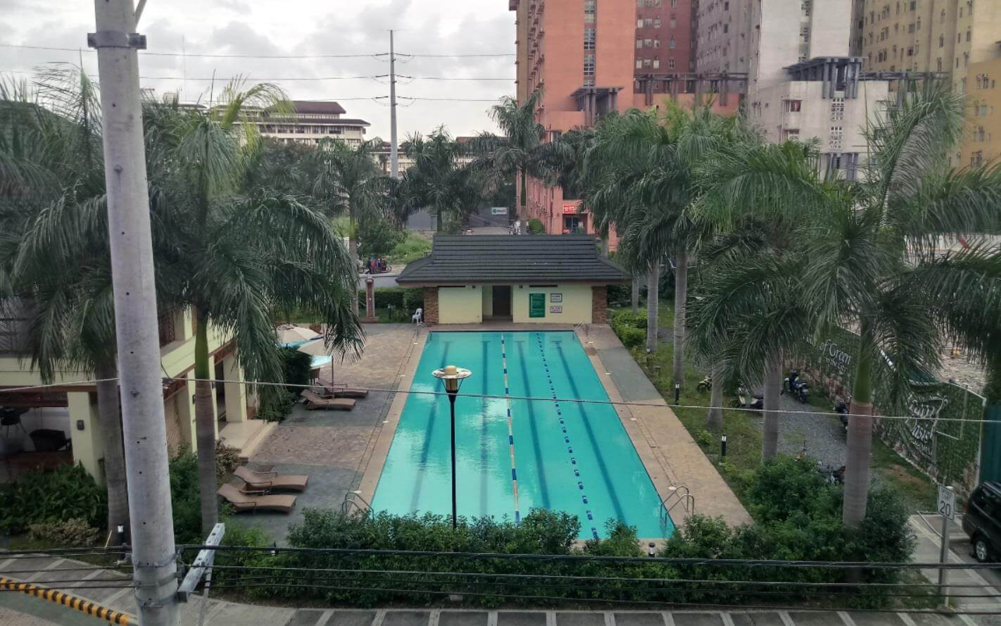 LG Stylus 3 Review - Rear Camera Sample - Lap Pool (with HDR)