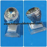 cincin emban perak pria ikat batu disain unik menawan