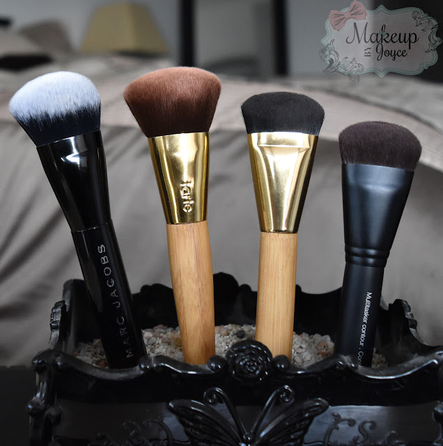Curved Foundation Contour Brushes