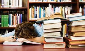 20+ Puluhan Judul Skripsi Untuk Mahasiswa FKIP Bahasa Inggris