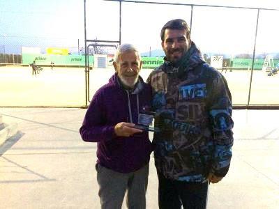 Το Athlisis Tennis Club και ο ΡΗΓΑΣ ΑΟΑΑ βράβευσαν τον Στέλιο Γρατσία