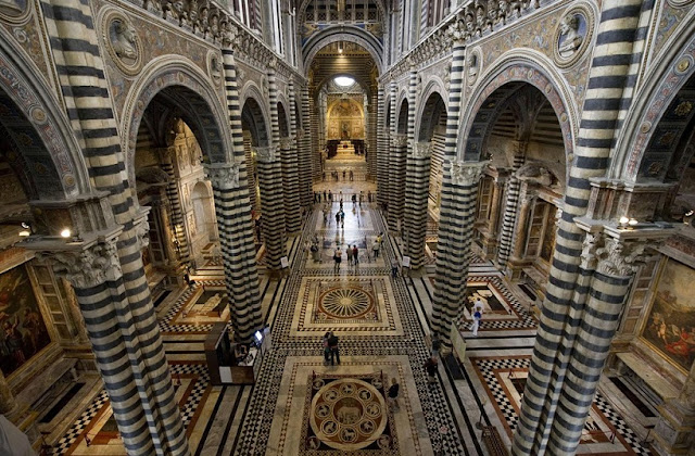 Informações sobre a Catedral de Siena