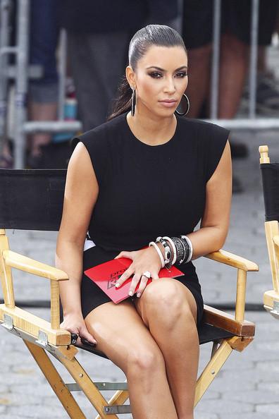 Kim Kardashian does Project Runway!