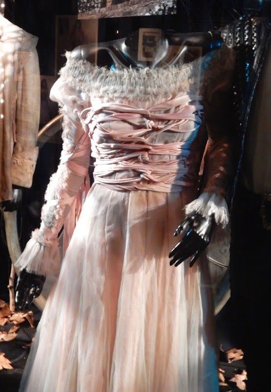 Rapunzel Into the Woods movie costume detail