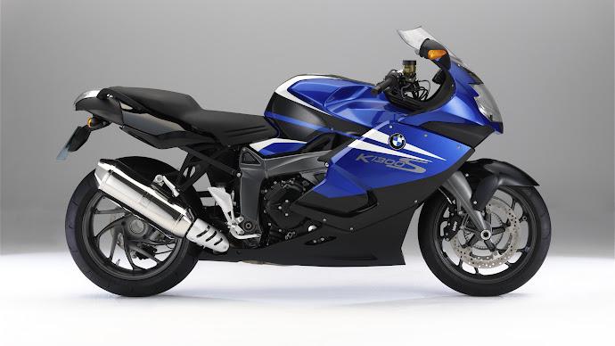 Wallpaper: BMW K1300 Motorcycle