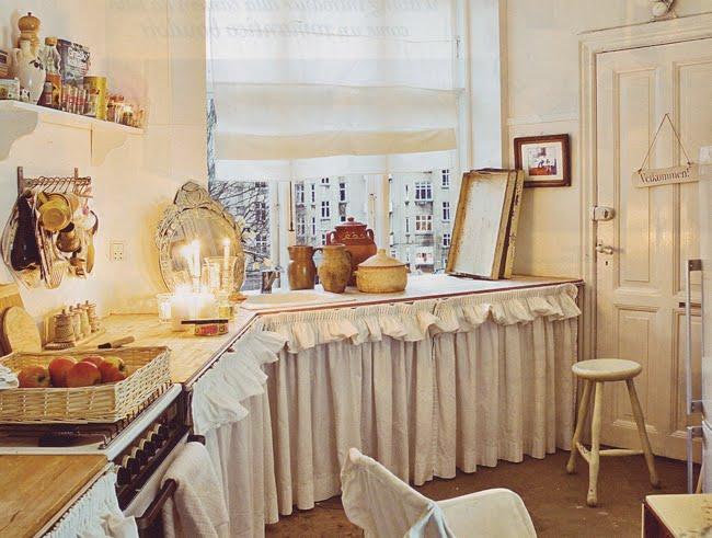esprit femminile the apple market On mobili cucina con tendine