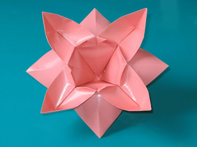 Origami Fiore ad otto petali - Flower with eight petals by Francesco Guarnieri