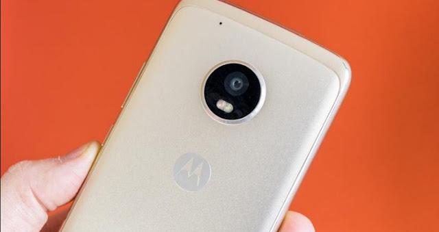 Terungkap, Inilah Desain Akhir Moto X4 dengan Dukungan Kamera Ganda