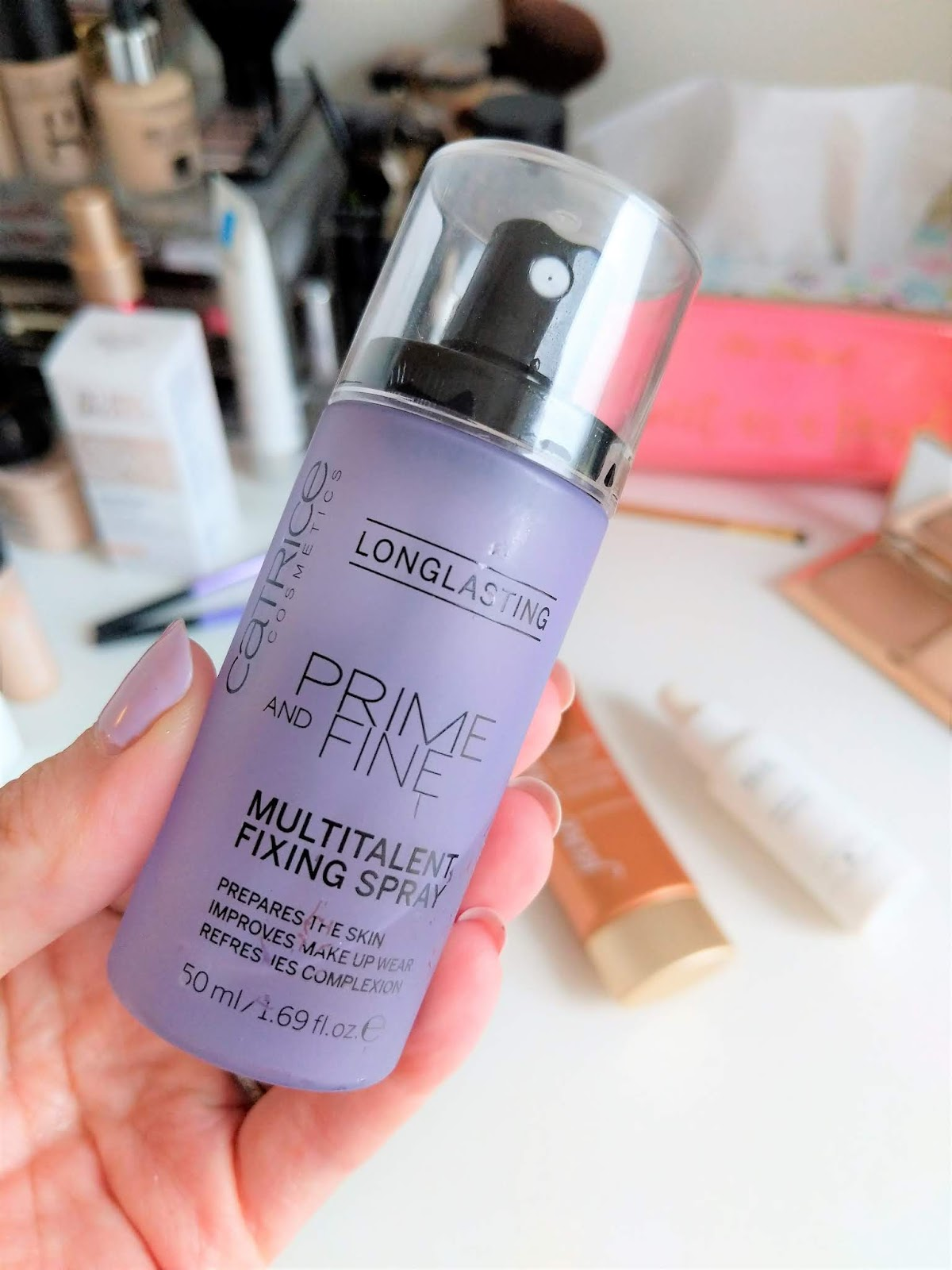 Catrice_Cosmetics_Prime_and_Fine_Fixing_Spray