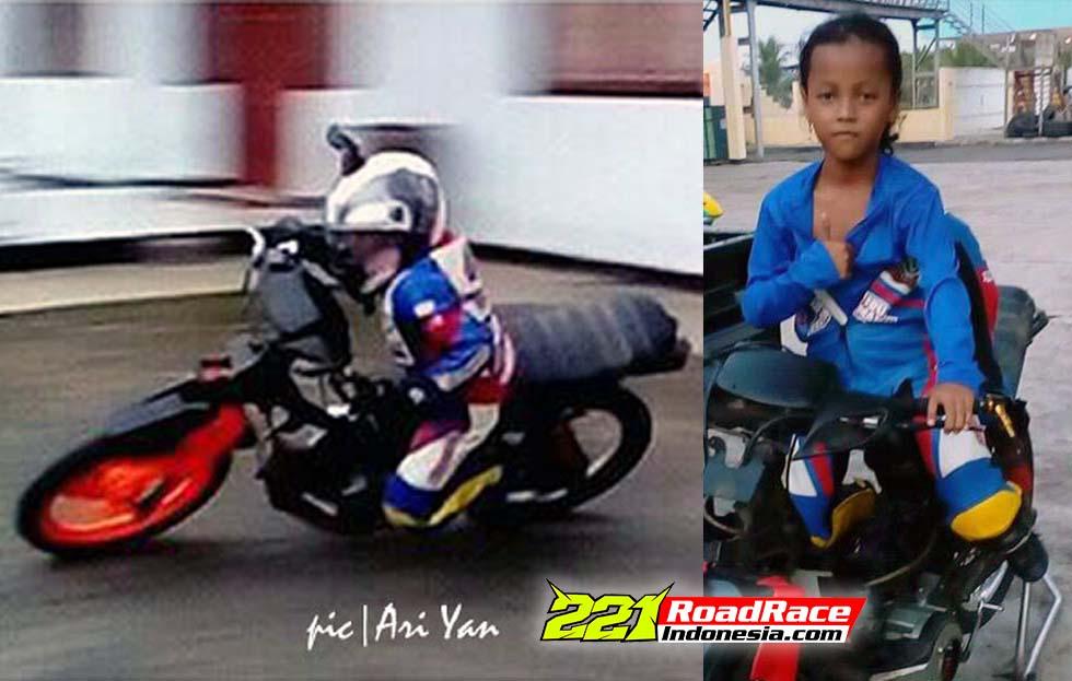 Momen Langka, Gadis Cilik 7 Tahun Panaskan Road Race Kebumen Minggu ini