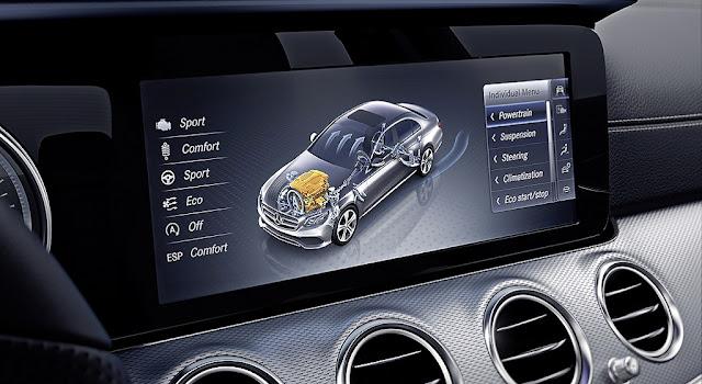Mercedes E300 AMG 2017 nhập khẩu sử dụng Hệ thống giải trí hàng đầu của Mercedes