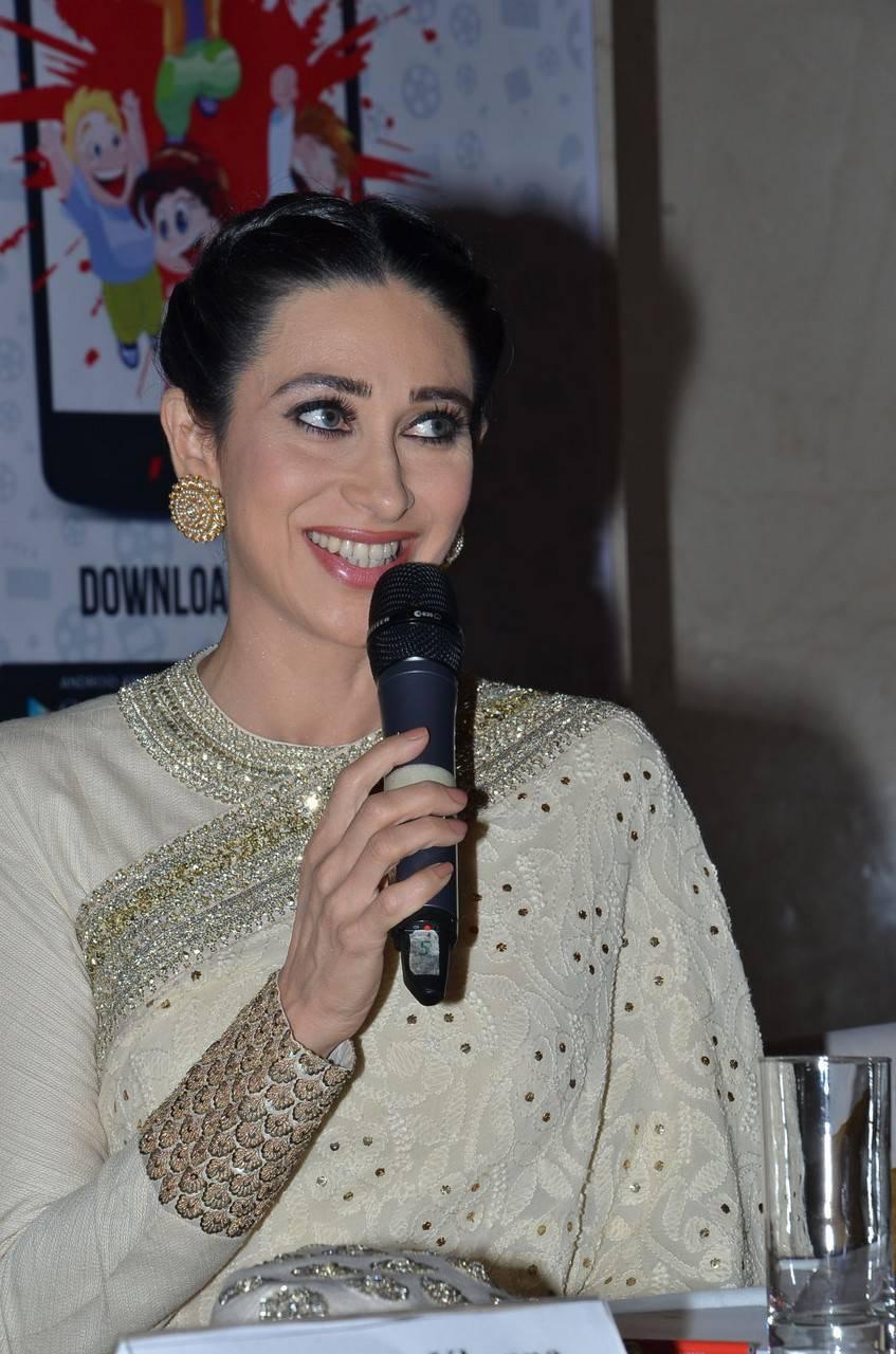 Karisma Kapoor Stills At 19Th Childrens Film Festival -2049