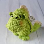 http://www.ravelry.com/patterns/library/dragon-de-sant-jordi