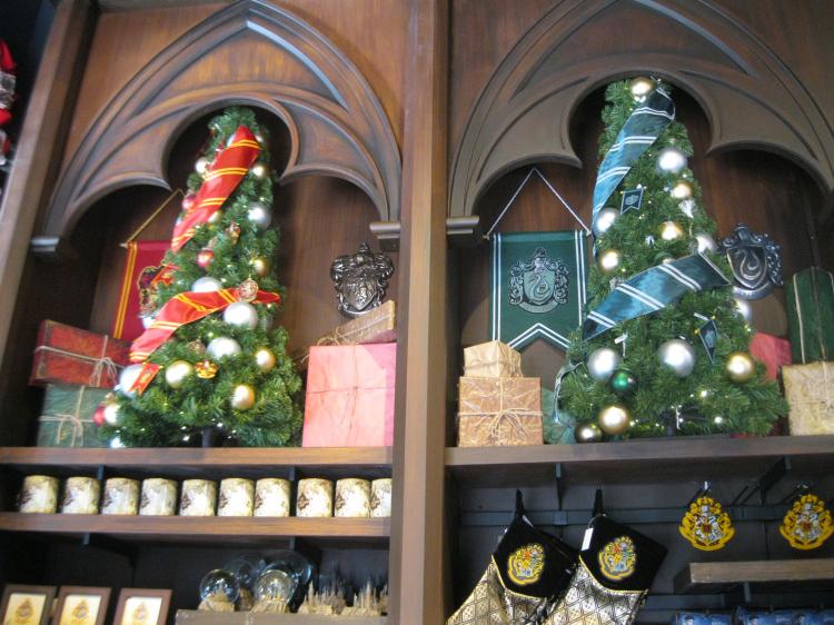 Harry Potter Christmas.Potter Talk Harry Potter Magic Arrives At Port Of Entry