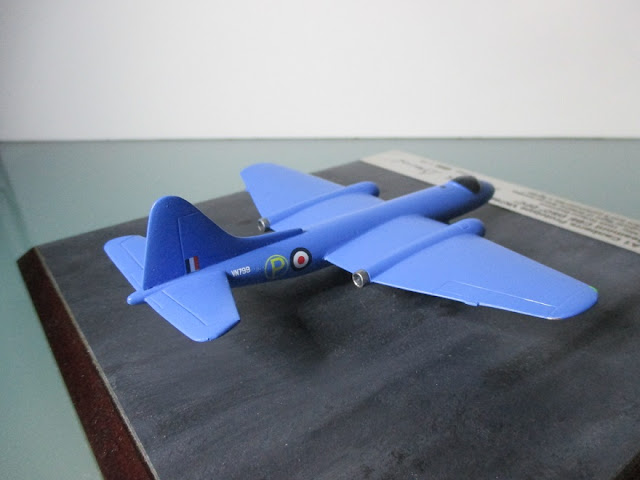 1/144 English Electric Canberra prototype diecast aircraft