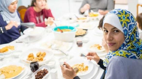 Ini 7 Cara Sahur yang Sehat Selama Ramadhan
