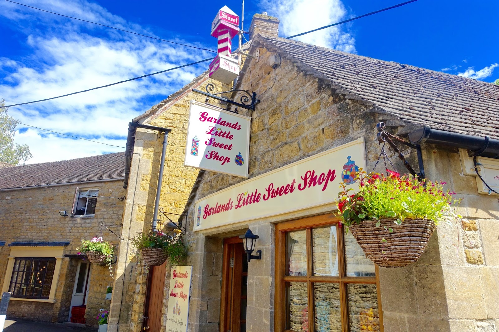 Cotswolds little sweet shop