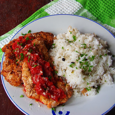 simple fried chicken recipe, how do you make fried chicken, how do you fry chicken, fried chicken seasoning