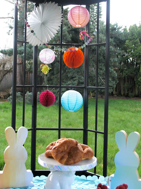 Easter brunch can be easy and fun. Get ideas at FizzyParty.com