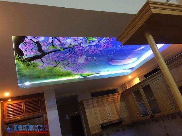 Mẫu thiết kế trần xuyên sáng dành cho không gian gia đình