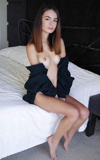 Sexy Pussy - Debora%2BA-S01-003.jpg