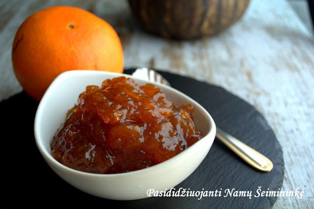 RECEPTAS: 'Vasara stiklainyje' - apelsinų uogienė su vanile
