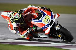 Iannone Tercepat Sesi Pemanasan MotoGP Austria 2016