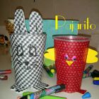 http://crochetydemos.blogspot.com.es/2014/09/empaquetado-bonito-vasos.html
