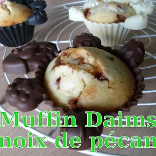 http://danslacuisinedhilary.blogspot.fr/2014/02/muffins-aux-eclats-de-daim-et-noix-de.html