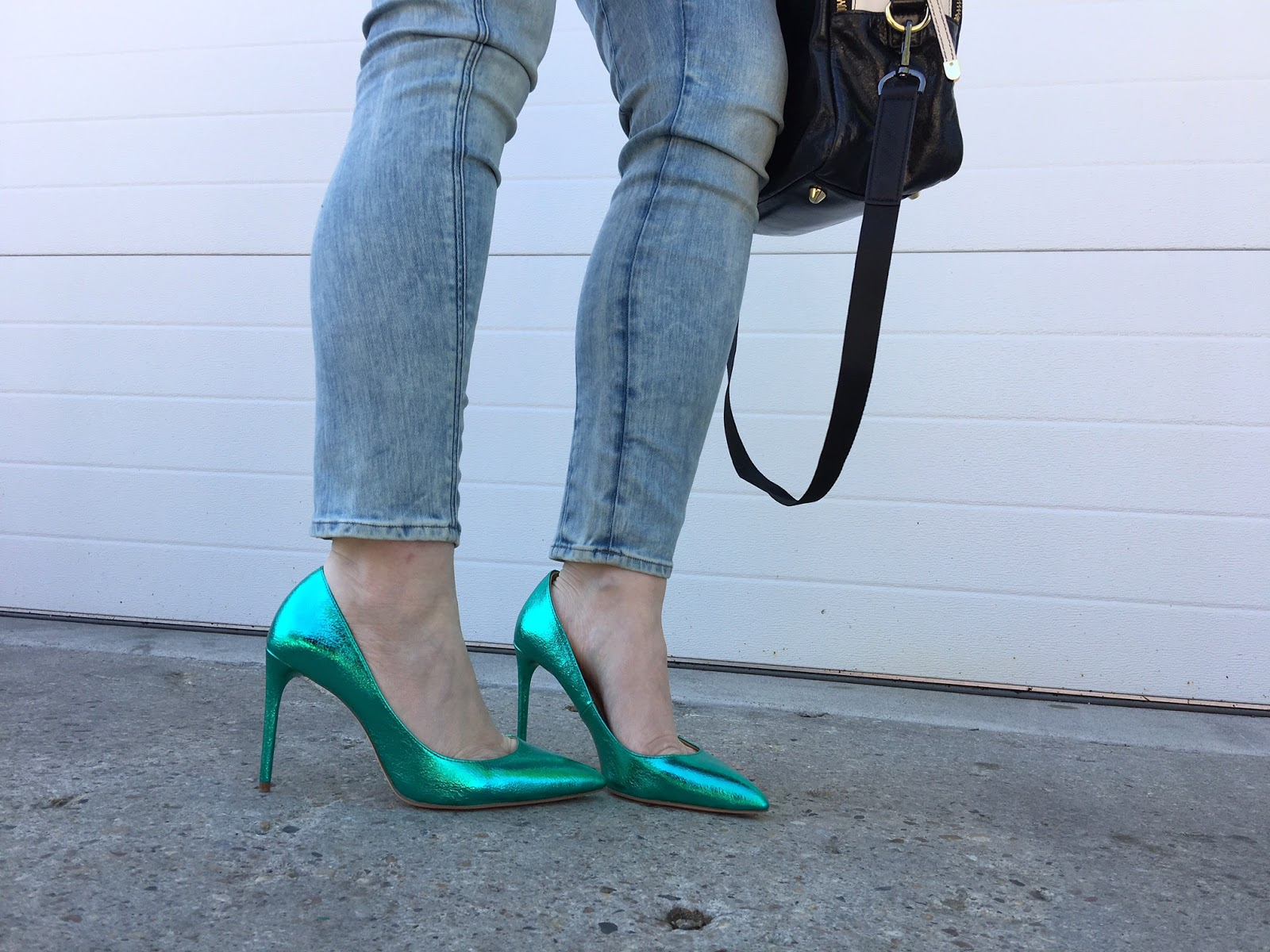 Zara green metallic pumps